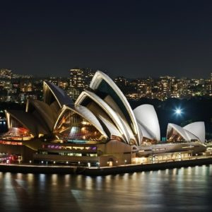 Australia: Melbourne, | Byron Bay, Sydney & Uluru