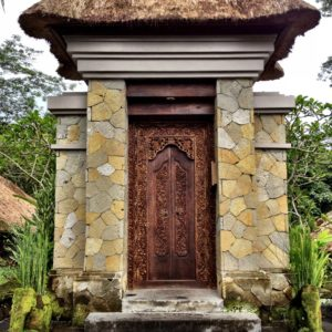 Bali: Maya Ubud | and a Village Trek!